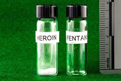 een fatale dosis heroïne vergeleken met een fatale dosis fentanyl